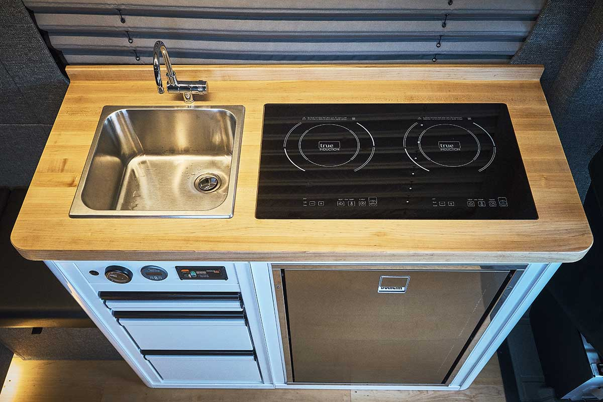 induction-cooktop-stove-and-sink