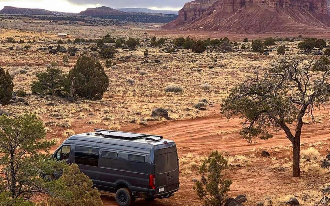 TOP PLACES TO MOUNTAIN BIKE AND ROAD TRIP IN YOUR VAN THIS FALL