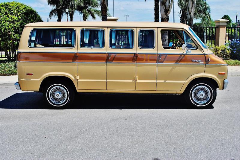 Big Head Todd and the Monsters original tour van