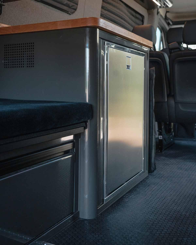 Used Sprinter Van for Sale - 2020 4x4 2500 08