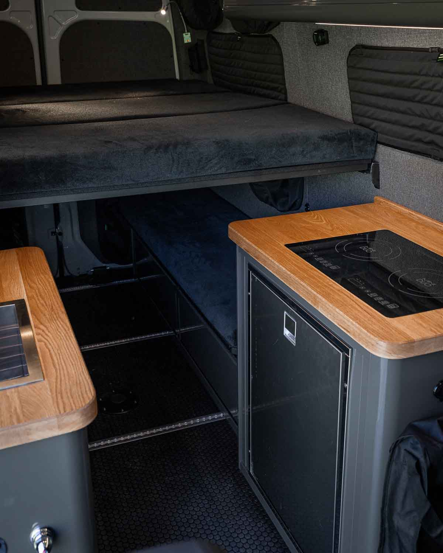 Used Sprinter Van for Sale - 2020 4x4 2500 09